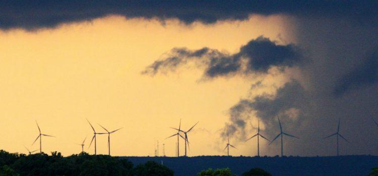 Om  hysterisk  vindkraftmotstand  og  annan  motvind